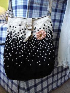 crochet bag      ♪ ♪ ... #inspiration #crochet  #knit #diy GB