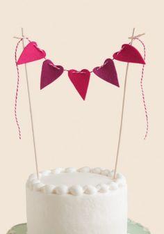 Hearts A Plenty Cake Bunting