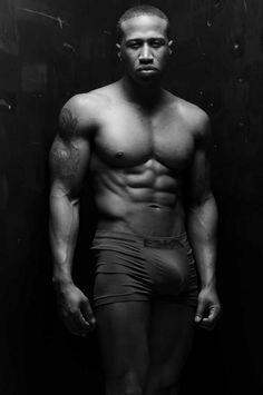 #SeriouslySexySundays presents black male stripper, NYC Hollywood. #sexyblackmen #bigbulge #blackmalestripper