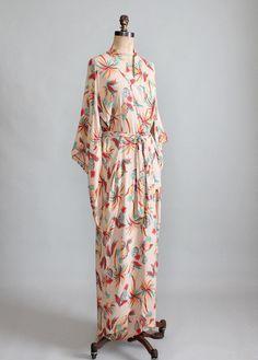 ♥ ♥ Vintage 1940s Tropical Print Rayon Kimono Robe robes, style, vintage robe, dressings, prints, kimonos, kimono robe, dress robe