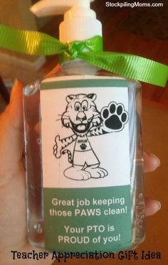 I love this easy to make inexpensive teacher appreciation gift idea.
