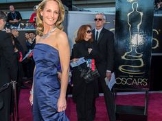 Helen Hunt in eco-friendly H at the 2013 Oscars.
