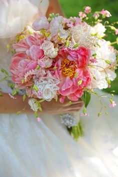 Vintage Romance | Exquisite Wedding Bouquet
