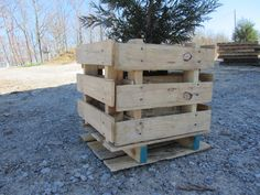 pallet projects 2  PLANTER/table
