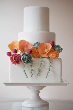 simple and beautiful flower cake
