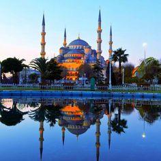 Blue Mosque, Istanbul, Turkey..