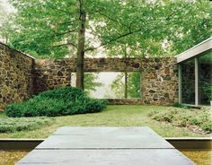 Marcel Breuer: Hooper House II, exterior courtyard