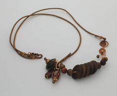 Necklace with Wood H