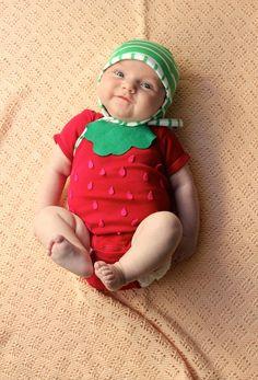 DIY: Easy No-Sew Baby Strawberry Halloween Costume