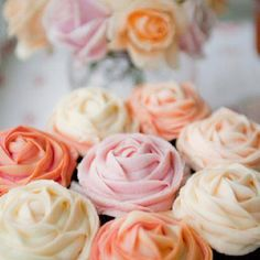 Mini Rose Cupcakes (perfect for wedding)