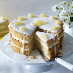 Elderflower & Lemon Drizzle Cake (recipe)