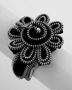 Zippers Bracelet - DIY Idea