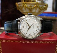 Mens Vintage ROLEX Semi-Bubble Back Stainless Steel White Face Watch