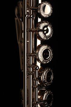 Platinum Clad Muramatsu flute with engraved keys