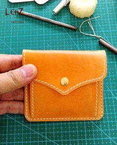 change purse patterns PDF CLD-01 LZpattern design leather art leather craft patterns card case pattern hand stitched key holder change purse