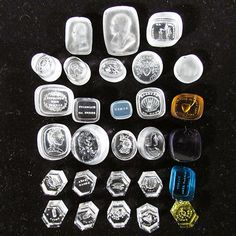 Group of 28 Loose Intaglio Glass Wax Seal Stamps & Portrait Cameos
