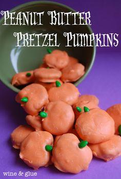 Cute little Peanut Butter Pretzel Pumpkins via www.wineandglue.com