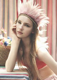 xx..tracy porter..poetic wanderlust...-feather crown, love the pink feathers
