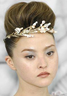 gaptoothbitch:  CHANEL HC SS 2008 embellish hair, hair chronicl, hc ss, hairnailmakeup stuff, ss 2008, chanel hc, hellohair style