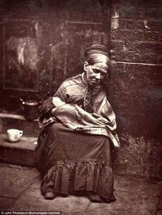 Sweeps, nomads, quacks and crawlers: The exotic down and outs of Victorian London captured on camera in the 1870s