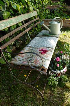 ~garden seating