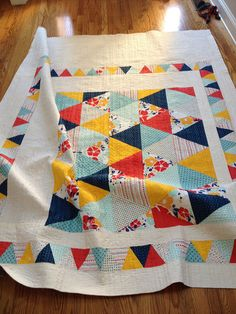 Maya Triangle Quilt from cycling janes