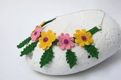 Flowers and leaves Textile necklace Crochet by lindapaula on Etsy