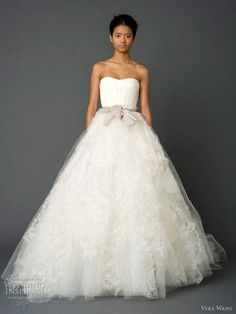 pretty wedding dress<3