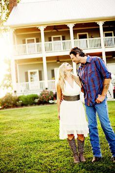 Blake Shelton + Miranda Lambert = cutest couple. ever. <3