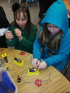 Electricity: Series and Parallel Circuits