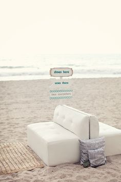 love everywhere sign  Photography by brandismythphotog..., Wedding and Floral Design by thedazzlingdetail...
