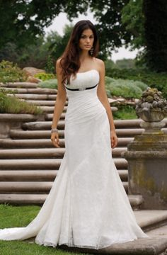 Mermaid Cut  Detachable Chapel Train Lace Wedding Dress (WD135)