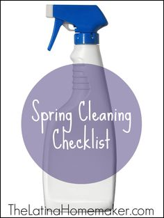 Spring Cleaning Checklist {Free Printable} | TheLatinaHomemaker.com