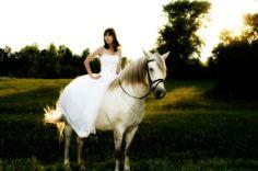 hors, wedding dressses, dreams, dream come true, bridal photos, dresses, the dress, wedding portraits, romantic weddings