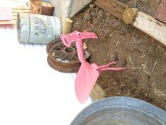 Yard art - shovel bird