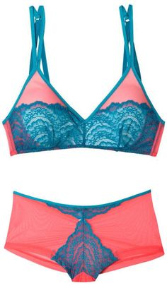 Pink & Teal Bra & Panties Set <3 L.O.V.E. these colors together!