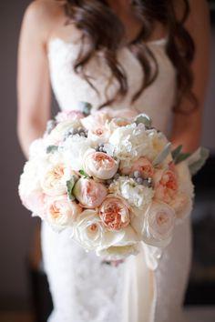 Fresh and pretty bouquet: http://www.stylemepretty.com/2014/09/19/fresh-farm-to-table-wedding-in-napa/   Photography: K Stone - http://kstonephoto.com/