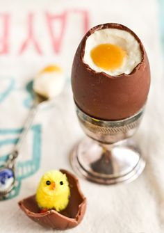 How fun is this? Cheese cake filled chocolate Easter Eggs....buy hollow chocolate eggs and fill with cheese cake and a yellow fruit center she used passion fruit but you could use lemon curd also.
