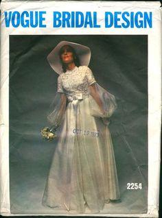1970s bride wedding gown #TopshopPromQueen