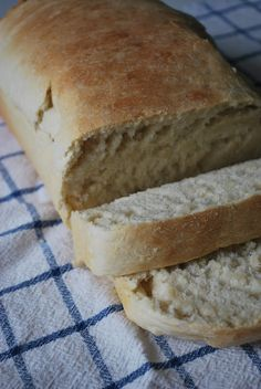 Quick Homemade Bread--made it today, it's good and easy!!