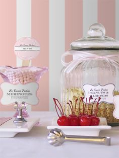 Make your own Sundaes (buffet concept for a wedding or party).