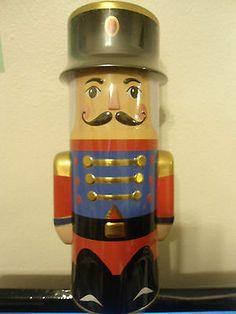 "Houdini Holiday Nut Cracker Primrose Company Caramel Popcorn Bank Tin 9 1/2"""