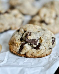 Brown Butter Oatmeal Chunk Cookies