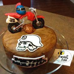 Metal Mulisha dirt bike cake!