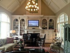 Pinning this not so much for the room -- though it is magnificent -- but because there's an iReport on TV. Nice!