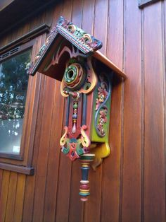 most ugliest/ beautiful gorgeous bird house iver ever witnessed!