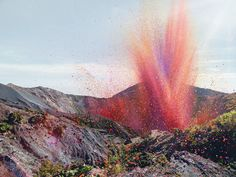 A Rain of Flowers for Sony Bravia | Sony Bravia campaign was carried out by McCann Worldwide in magnificent scenery, a volcano in Costa Rica, the habitants of a village, an astronomical amount of flower petals, some special effects, result: A beautiful countryside