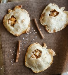 salted caramel apple mini pies  | www.prettyplainjanes.com