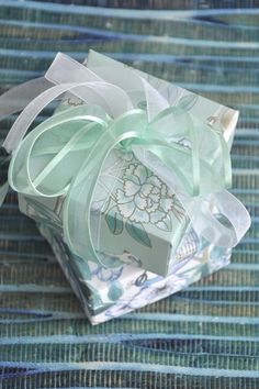 DIY Gift Wrapping Ideas | The Little Leaf