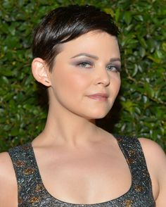 Get The Look: Ginnifer Goodwin's Shimmery Purple EyeShadow